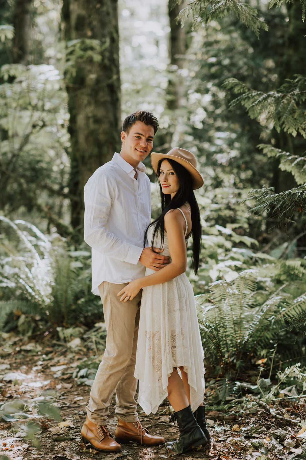 engagement-couple-dani+sheldon-yarrow-bc-iamjohnyoo_05.jpg