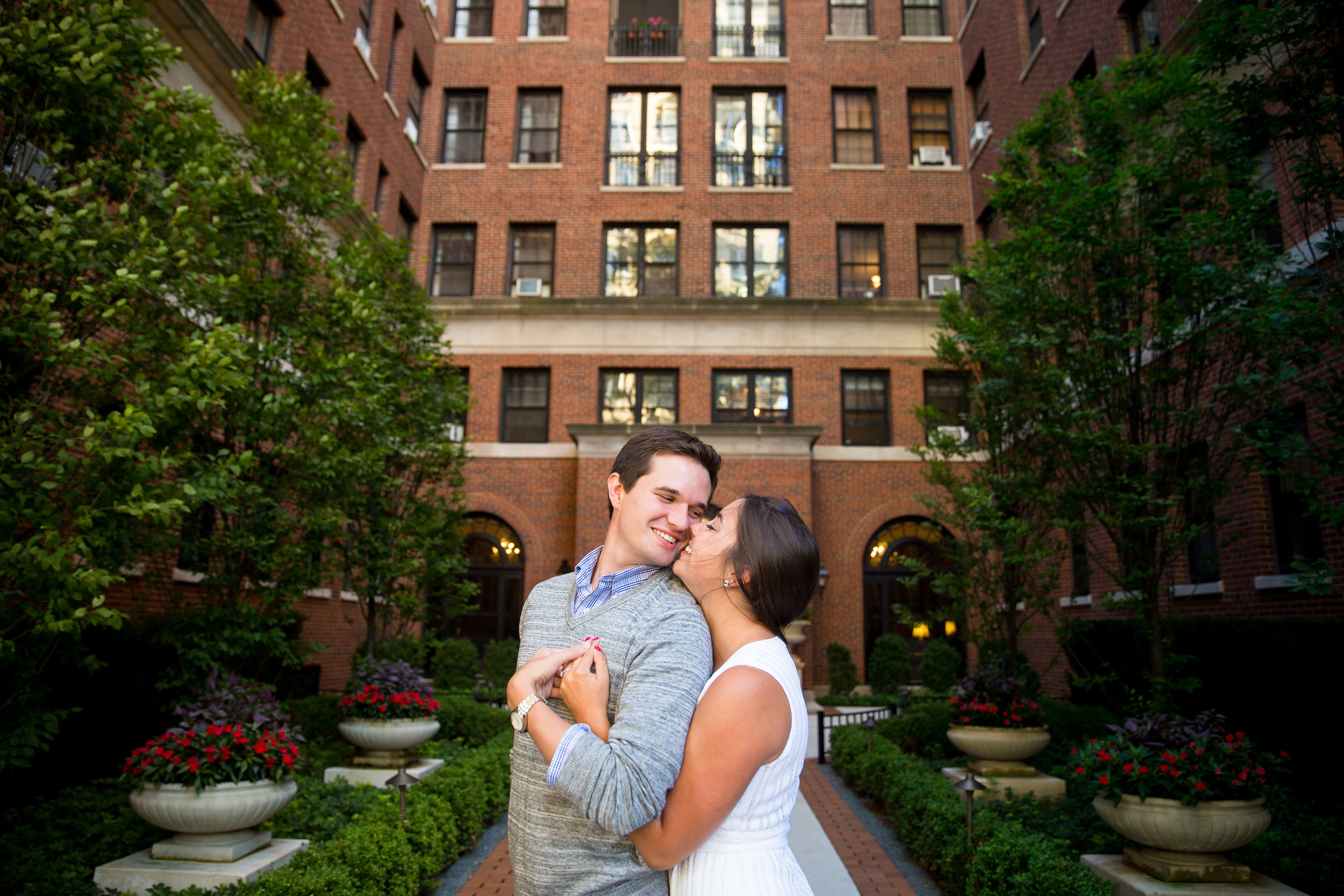 Chicago Wedding Photographer Erin Evangeline Lincoln Park Engagement Photo Ideas