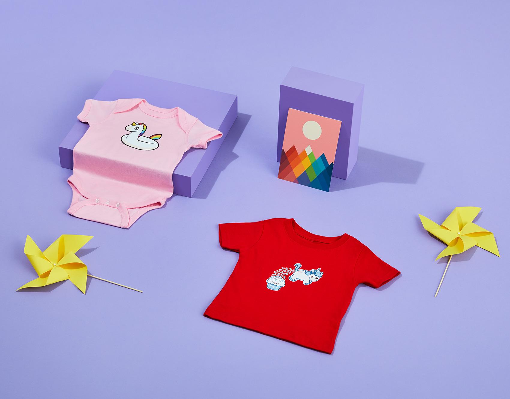 SHOT_12_KIDS_RAINBOW_GROUP_ONSIE_BABY_TEE_WALL_ART_0916.jpg
