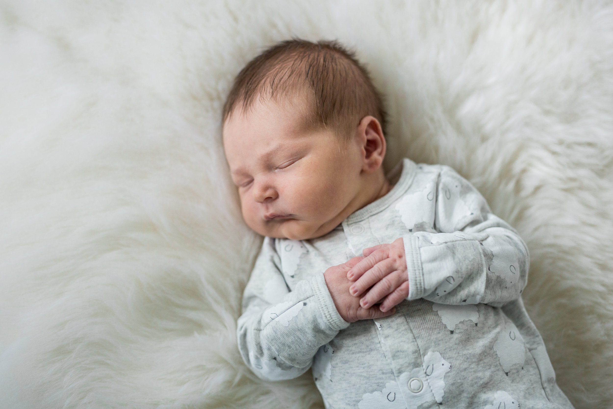 StaciDesign-MN-newborn-lifestyle-photography-25.jpg