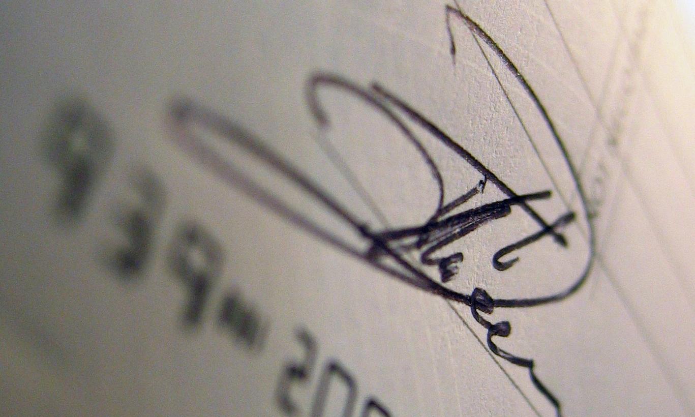 fluent and complex signature formation