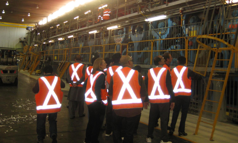 paper manufacturing plant- course participants at shoalhaven paper mill australia