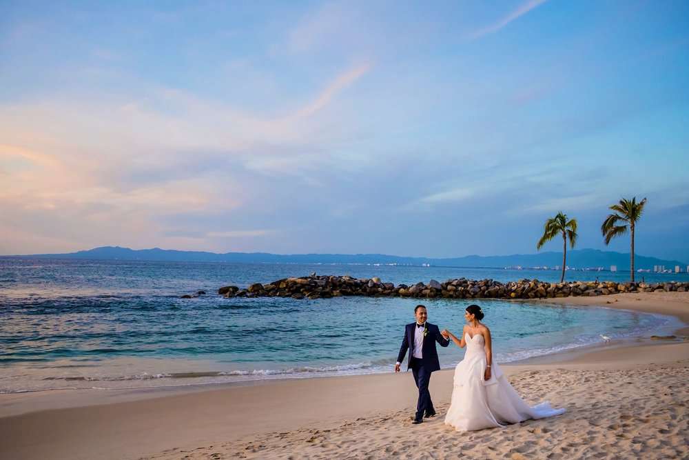 sherry-rooz-hotel-mousai-puerto-vallarta-mexico-wedding-photographer-shaunte-dittmar-photography-001.jpg