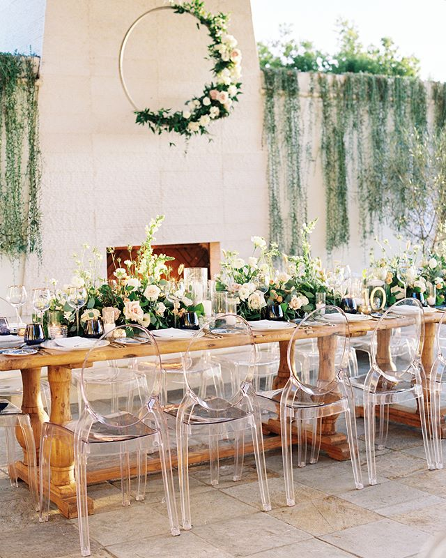 One of the favorite parts of my job is bringing table top details to life, especially when it's along side an amazing vendor team! To top it off, this beautiful wedding is featured on @stylemepretty | Photography: @thismodernromance | venue: @monarchbresort | Planning and Event Design: @roandcoevents | Floral: @lavendersflowers | Videography: @thehubsfilms | Dessert: @sweetleemade | Strings: @naplesstrings | DJ: @redshoela | Specialty rentals: @sigpartyrentals | Tabletop rentals: @borrowedblu | Table Linens: @latavolalinen | Specialty linens and ribbon: @tonoandco | Stationery and Paper Goods: @aerialistpress | Escort Card Pins @larkandives | Bride's dress: @sarahseven | Hair and Makeup: @studiommb | Groom and Groomsmen attire: @theblacktux | Bridesmaid dresses: @vowtobechic | Bride's shoes: @gianvitorossi | Favors: @milkbarstore #lavendersflowers #dsfloral #monarchbeachresort #weddingflorist