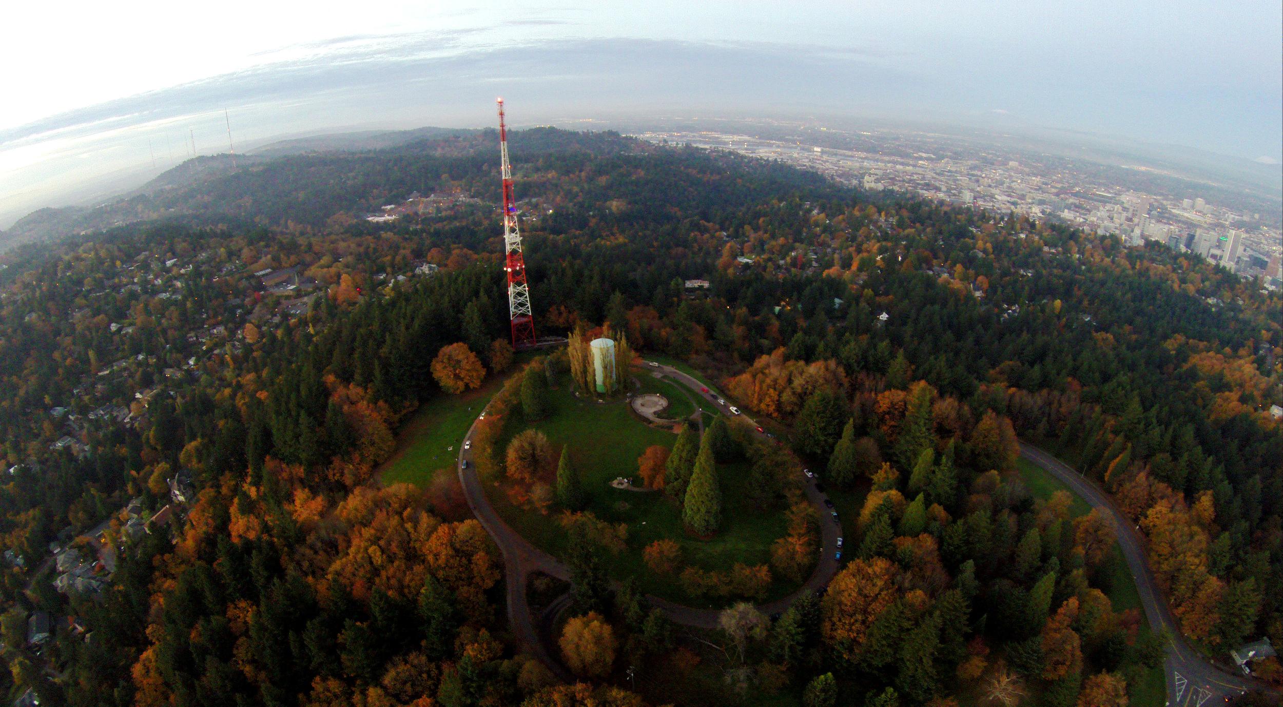 G0089606_radio tower.jpg