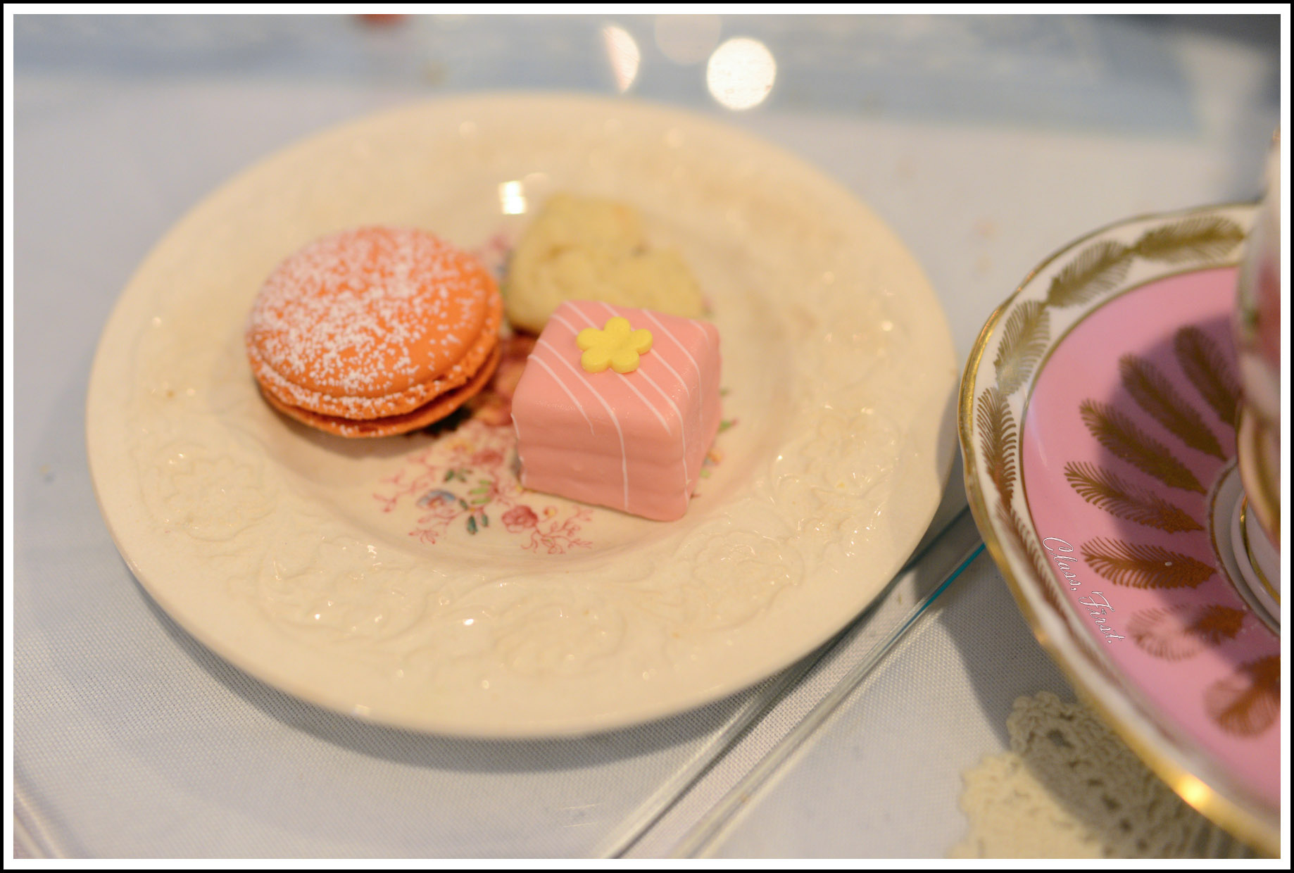novel cakes and french macarons! delightful!