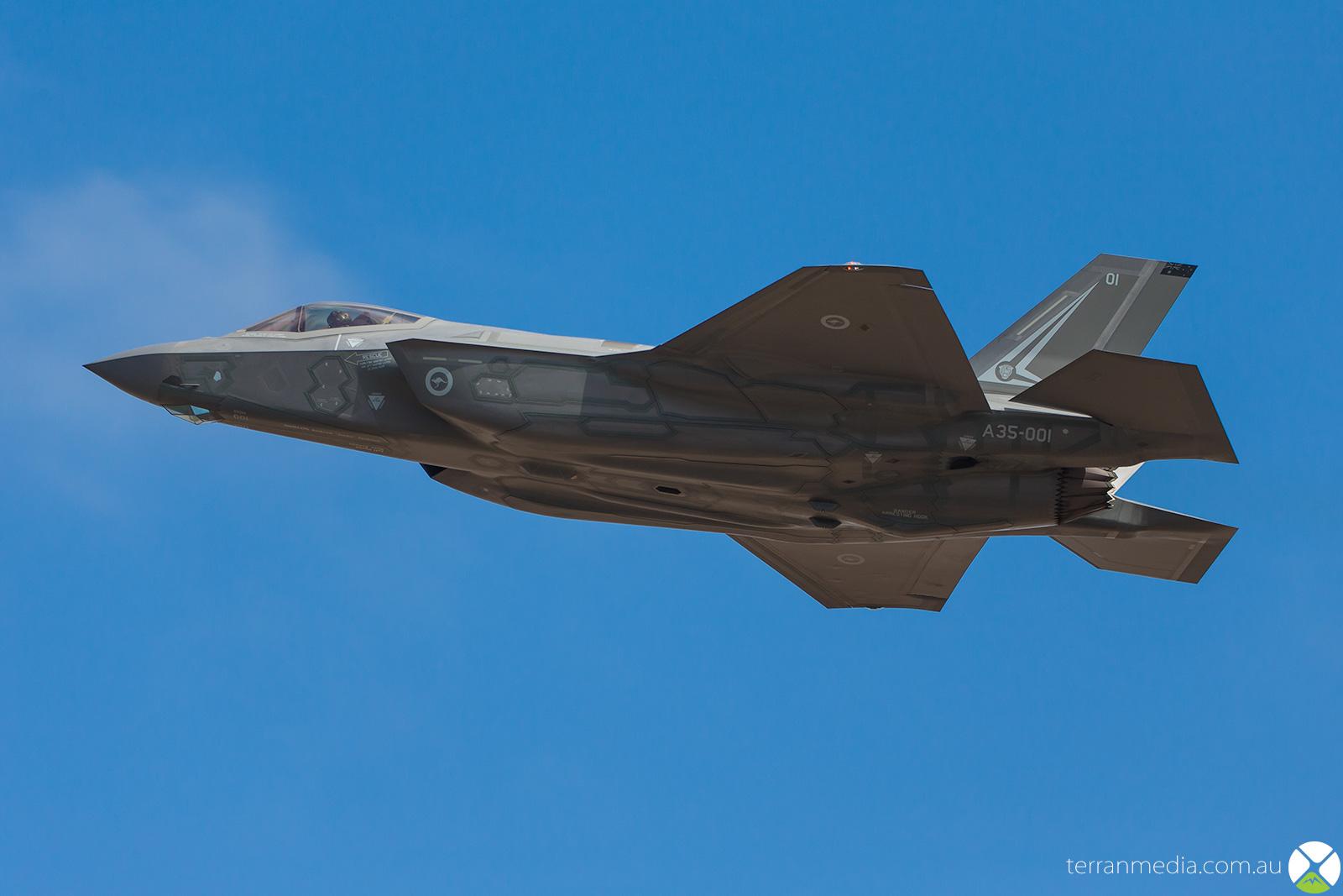 F35_3.jpg