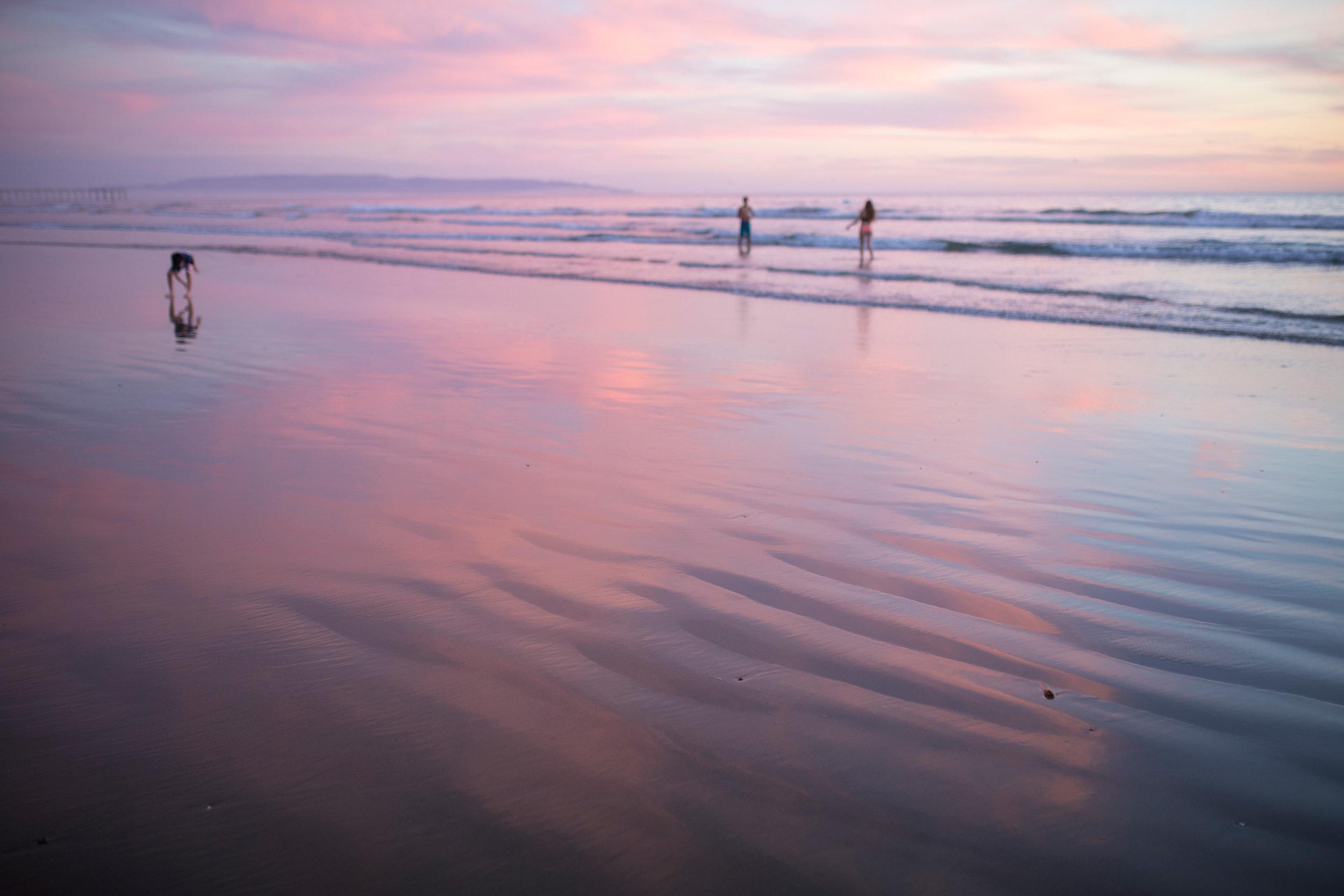Pismo beach beautiful pink sunset