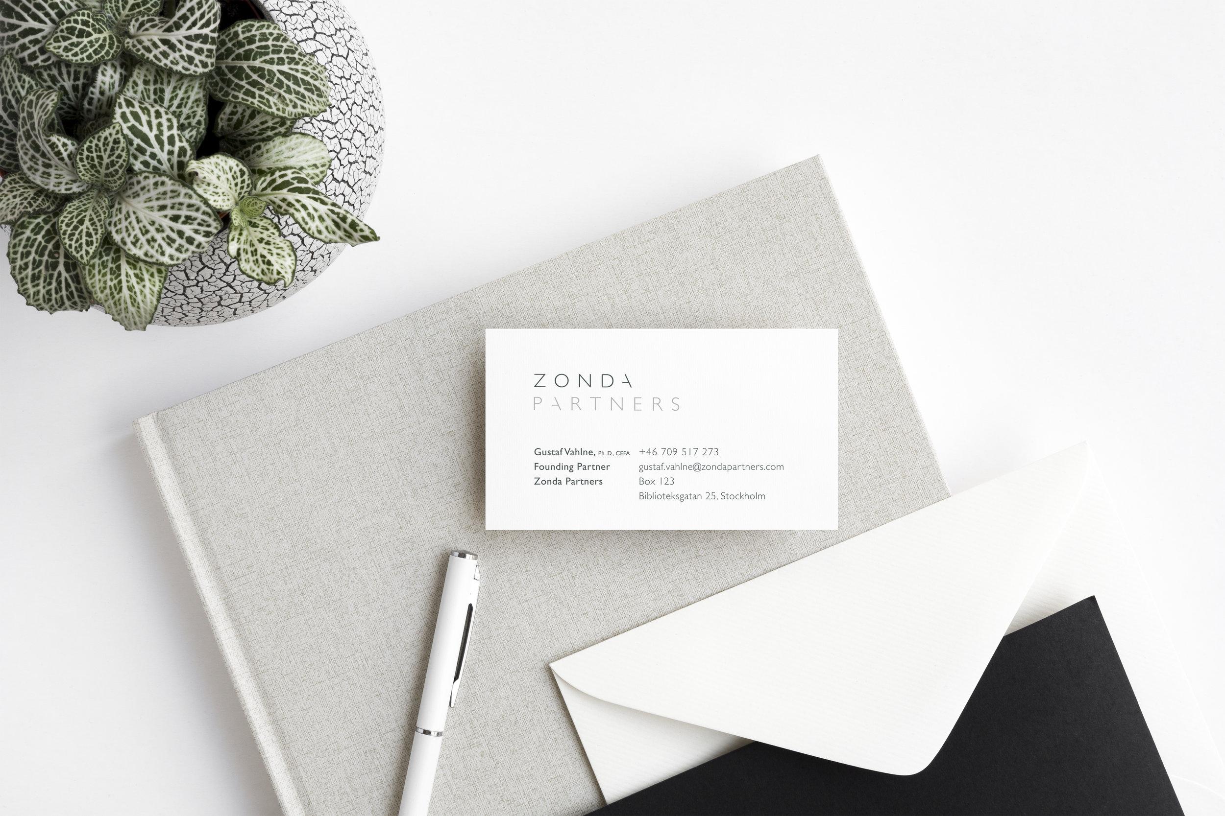 Zonda_Business card mock up.jpg