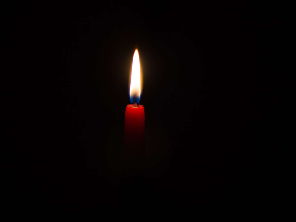 prayer-candle.jpg