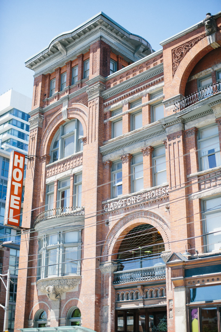 intimate_gladstone_hotel_wedding_photography-5.jpg
