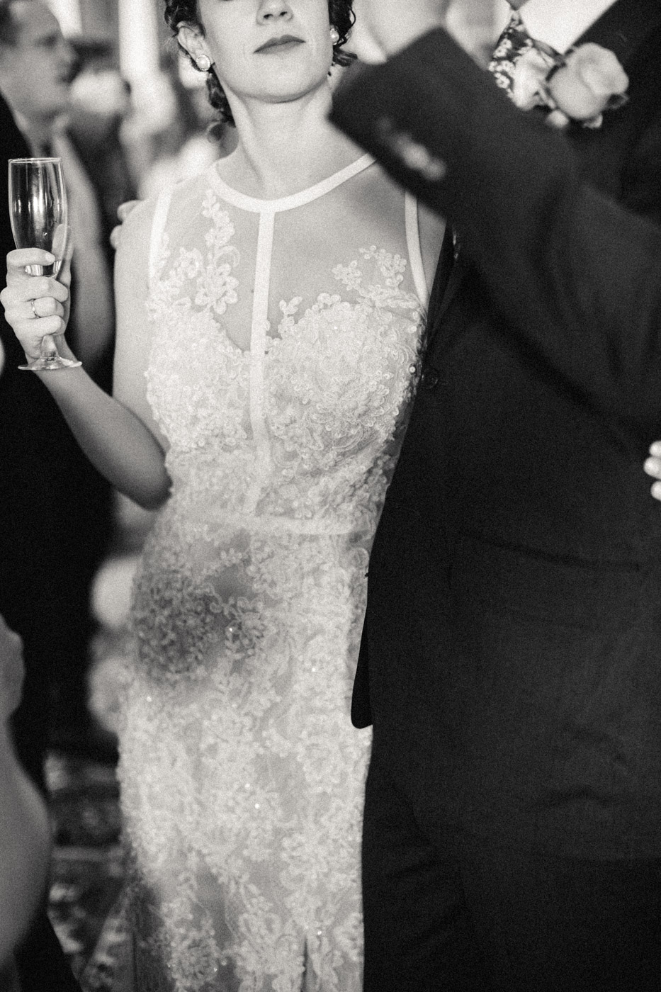 intimate_gladstone_hotel_wedding_photography-390.jpg