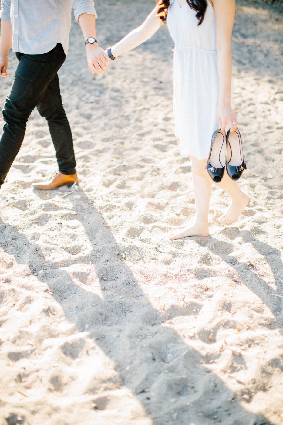 toronto_wedding_photographer_engagement_beach-79.jpg