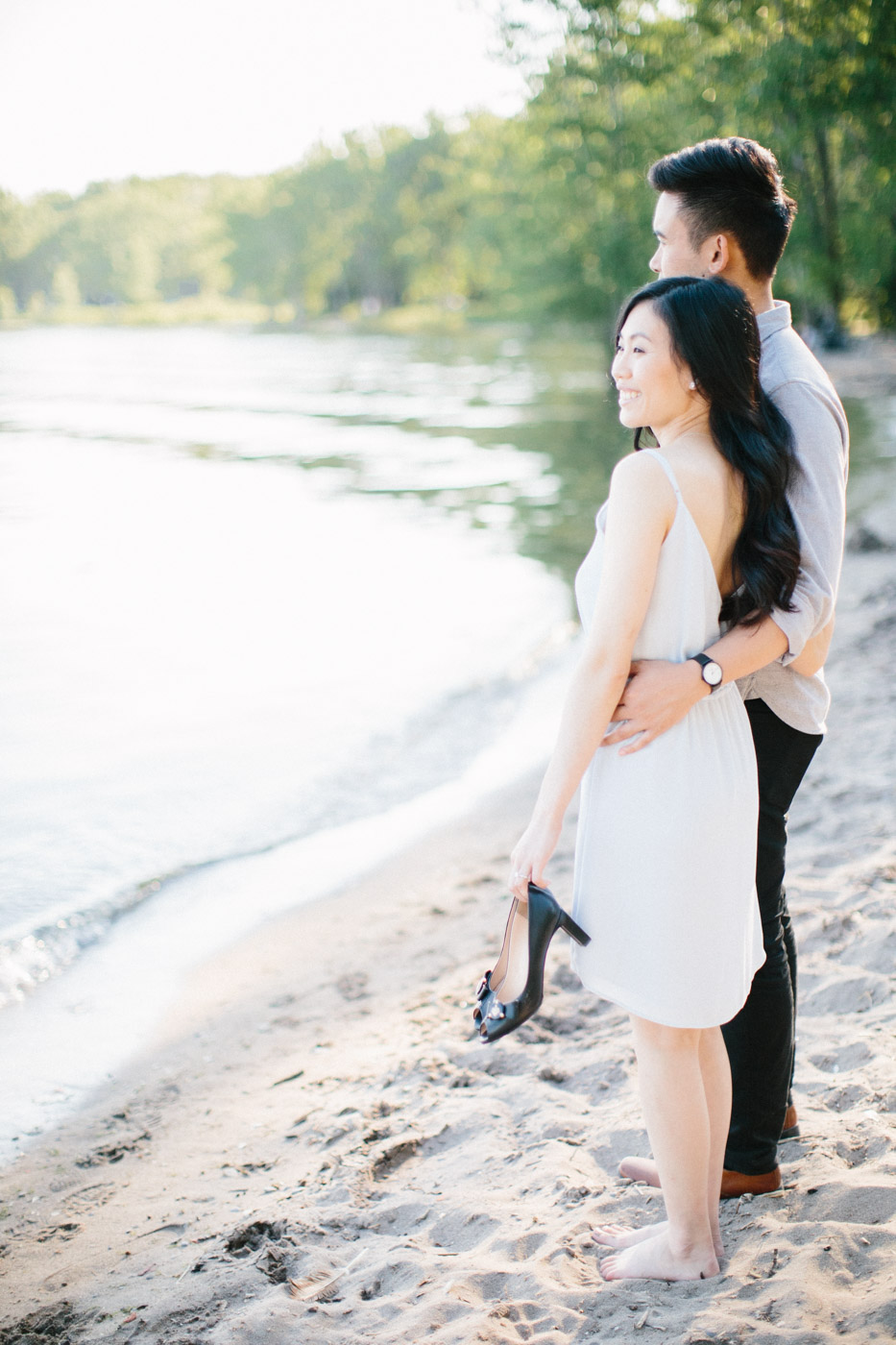toronto_wedding_photographer_engagement_beach-94.jpg