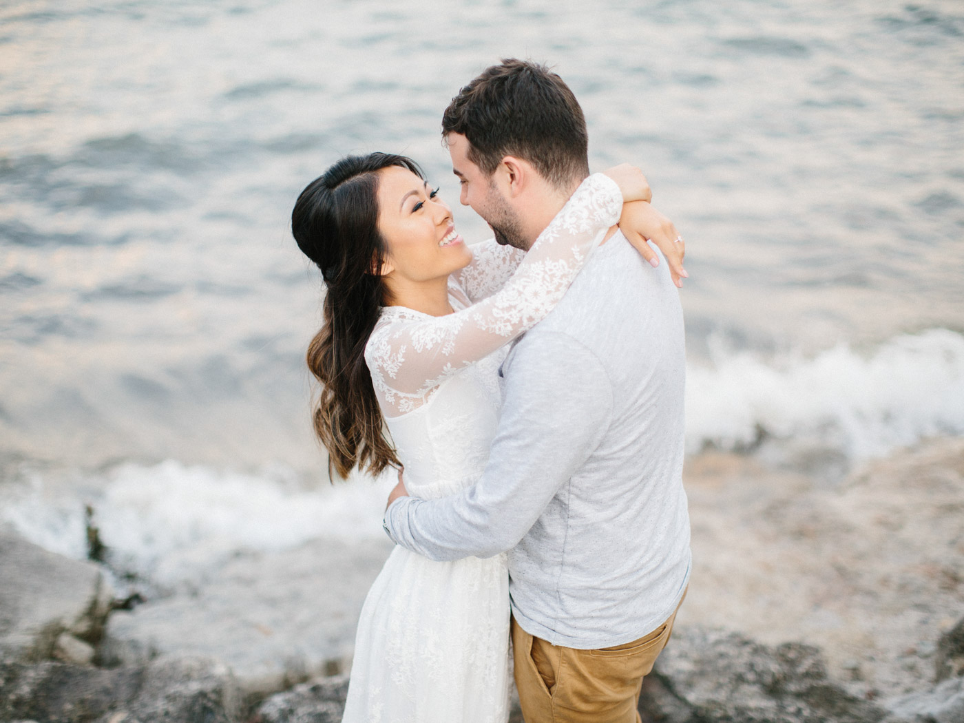 toronto_wedding_photographer_engagement_photography_tips-50.jpg