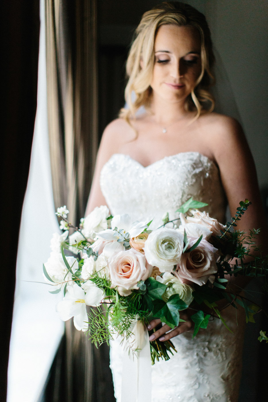 toronto_wedding_photographer_winter_wedding-20.jpg