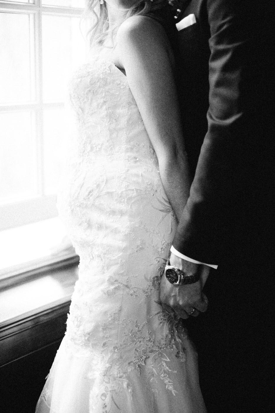 toronto_wedding_photographer_winter_wedding-33.jpg