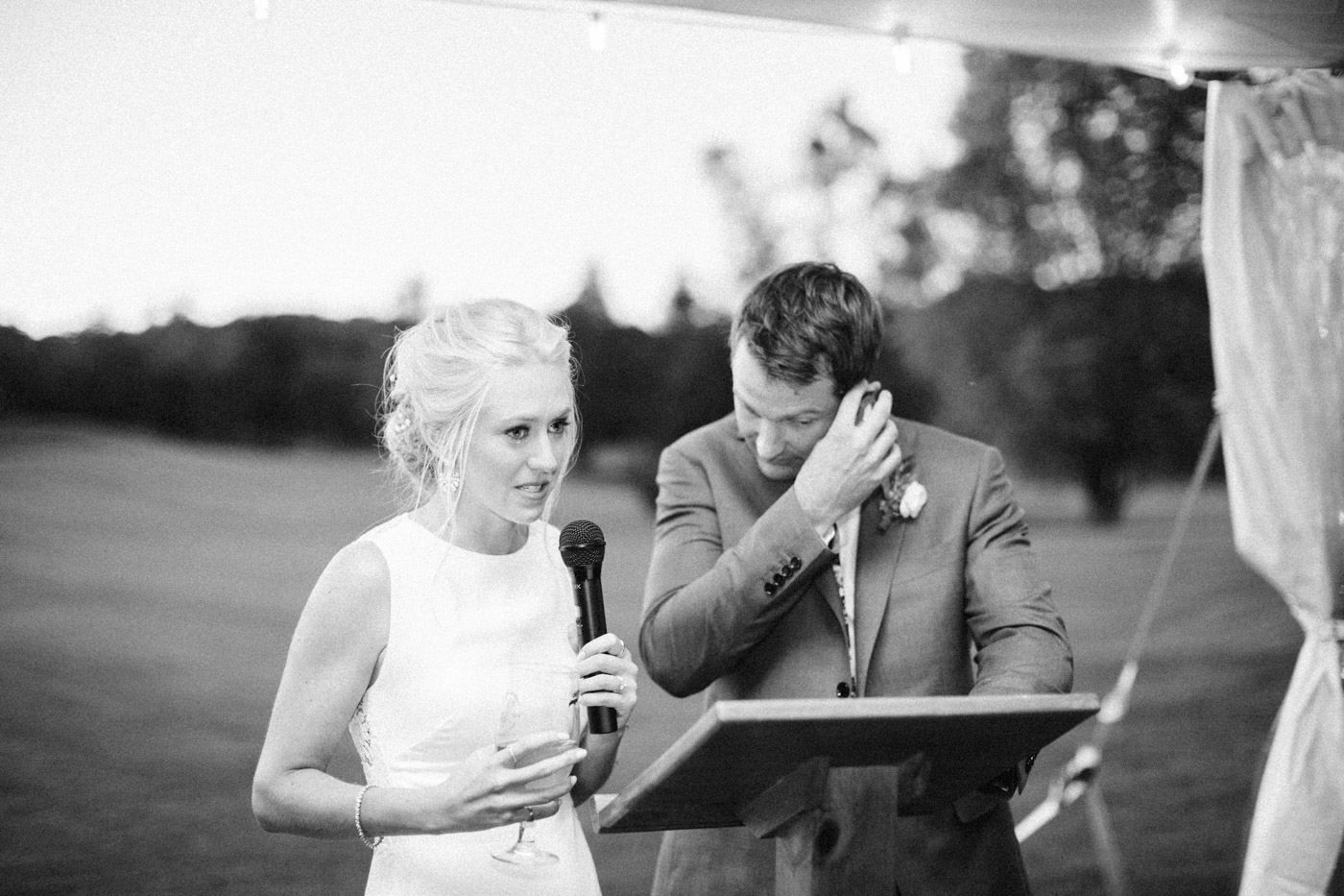 toronto_wedding_photographer_muskoka_outdoor_wedding-100.jpg