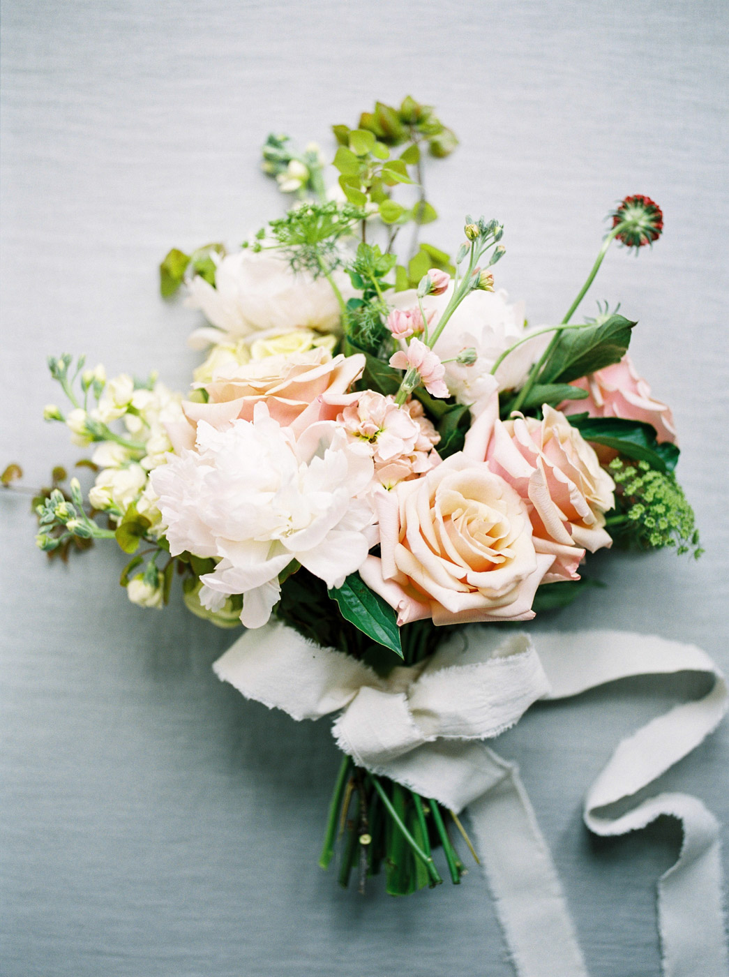 toronto_wedding_photographer_spring_outdoor_wedding_inspiration-15.jpg