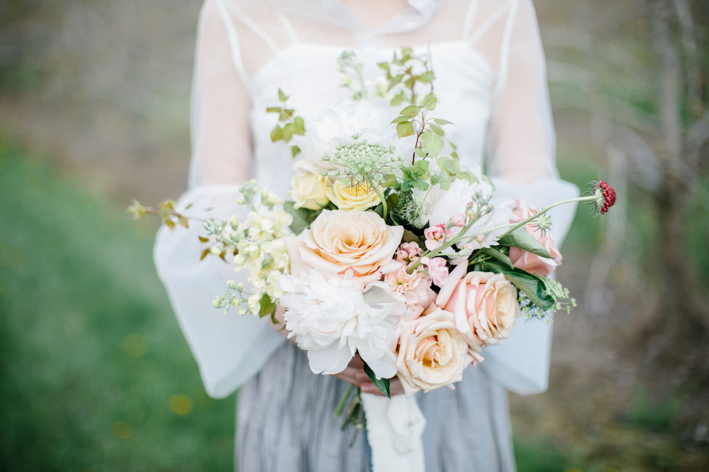 toronto_wedding_photographer_spring_outdoor_wedding_inspiration-48.jpg