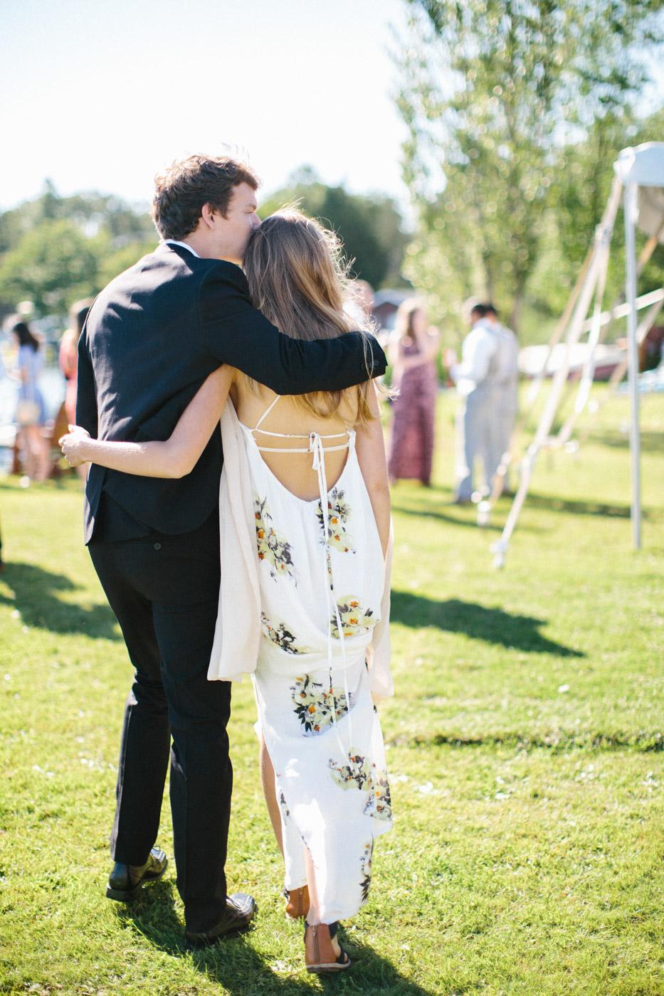 toronto_wedding_photographer_backyard_wedding-22.jpg