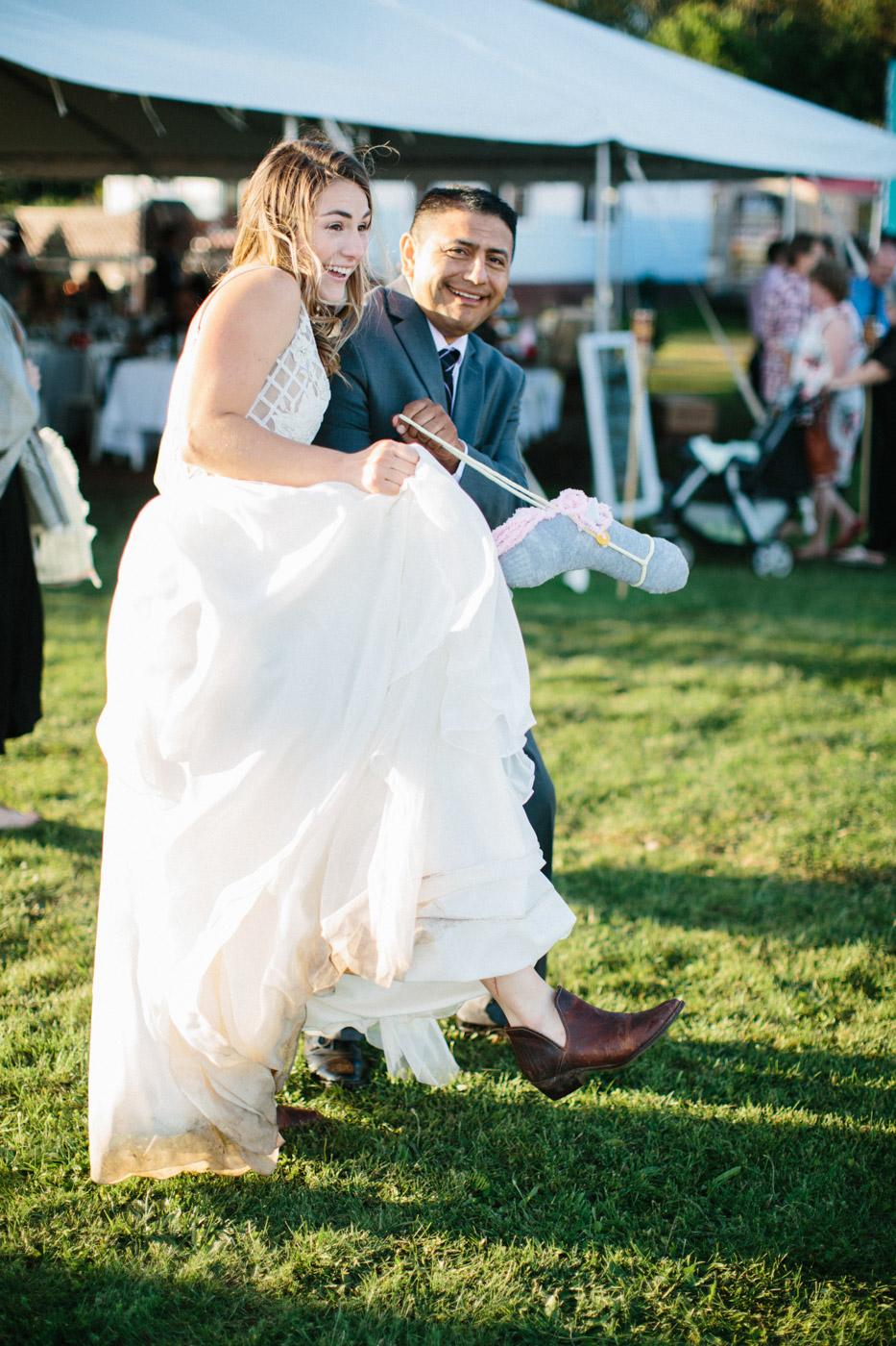toronto_wedding_photographer_backyard_wedding-29.jpg