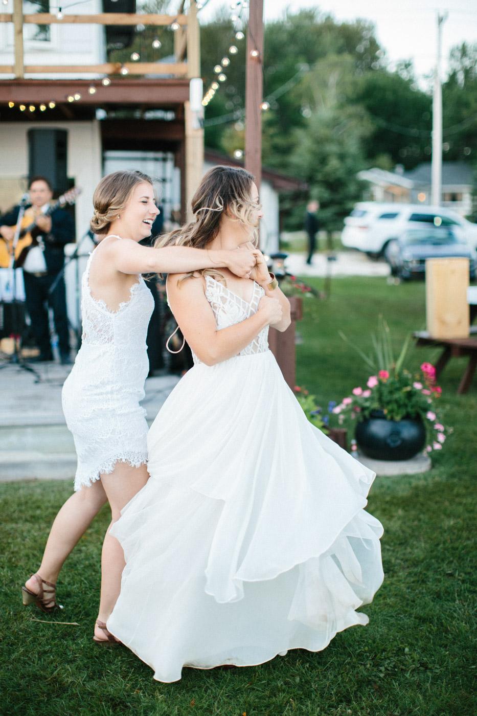toronto_wedding_photographer_backyard_wedding-36.jpg