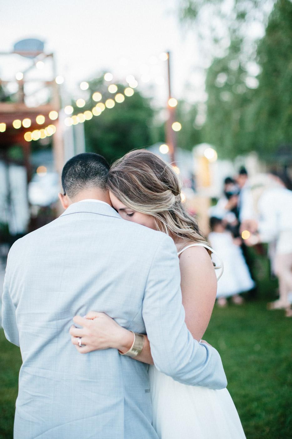toronto_wedding_photographer_backyard_wedding-44.jpg