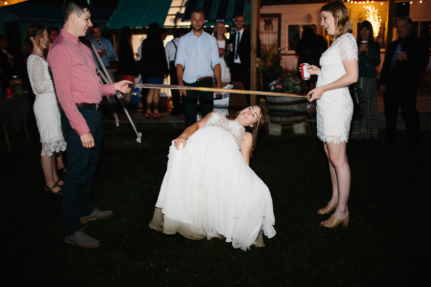 toronto_wedding_photographer_backyard_wedding-59.jpg