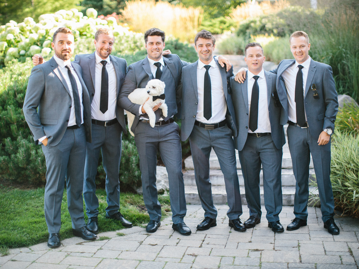 Include_dogs_in_your_wedding_photographs12.jpg