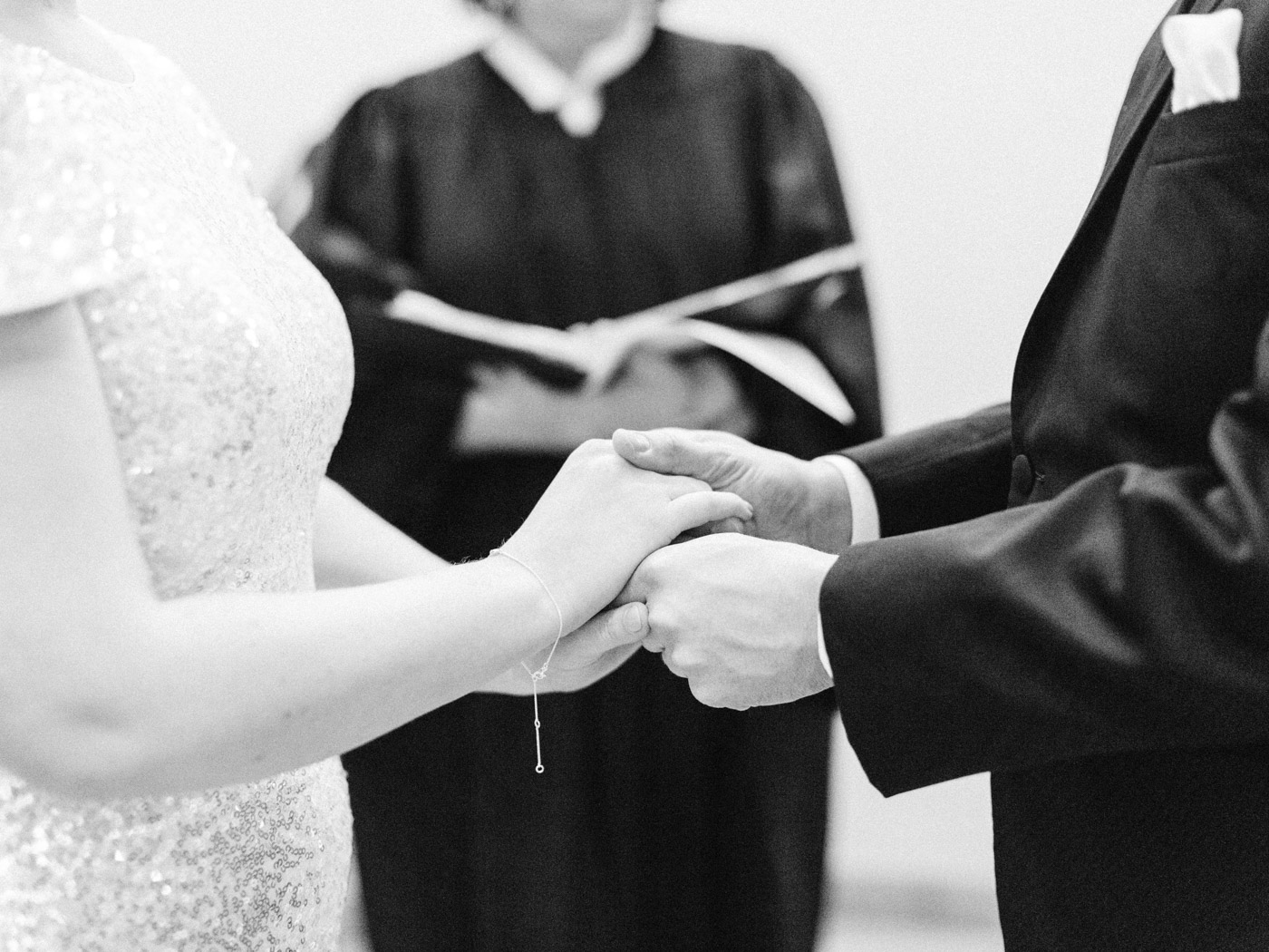 toronto_city_hall_wedding_photographs_nathan_phillips_square-40.jpg