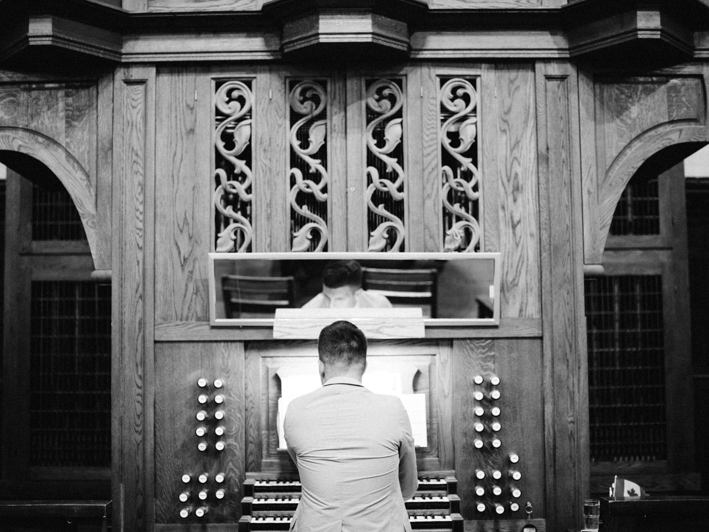 toronto_wedding_photographer_fine_art_documentary-135.jpg