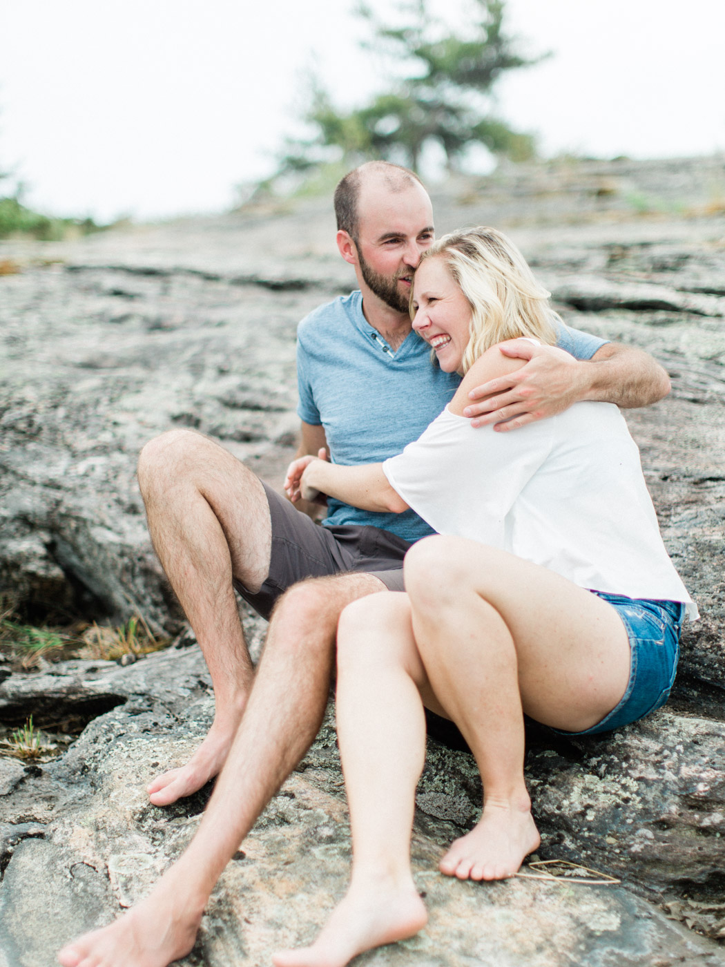 toronto_wedding_photographer_fine_art_documentary_Muskoka_Engagement_Honey_Harbour-30.jpg