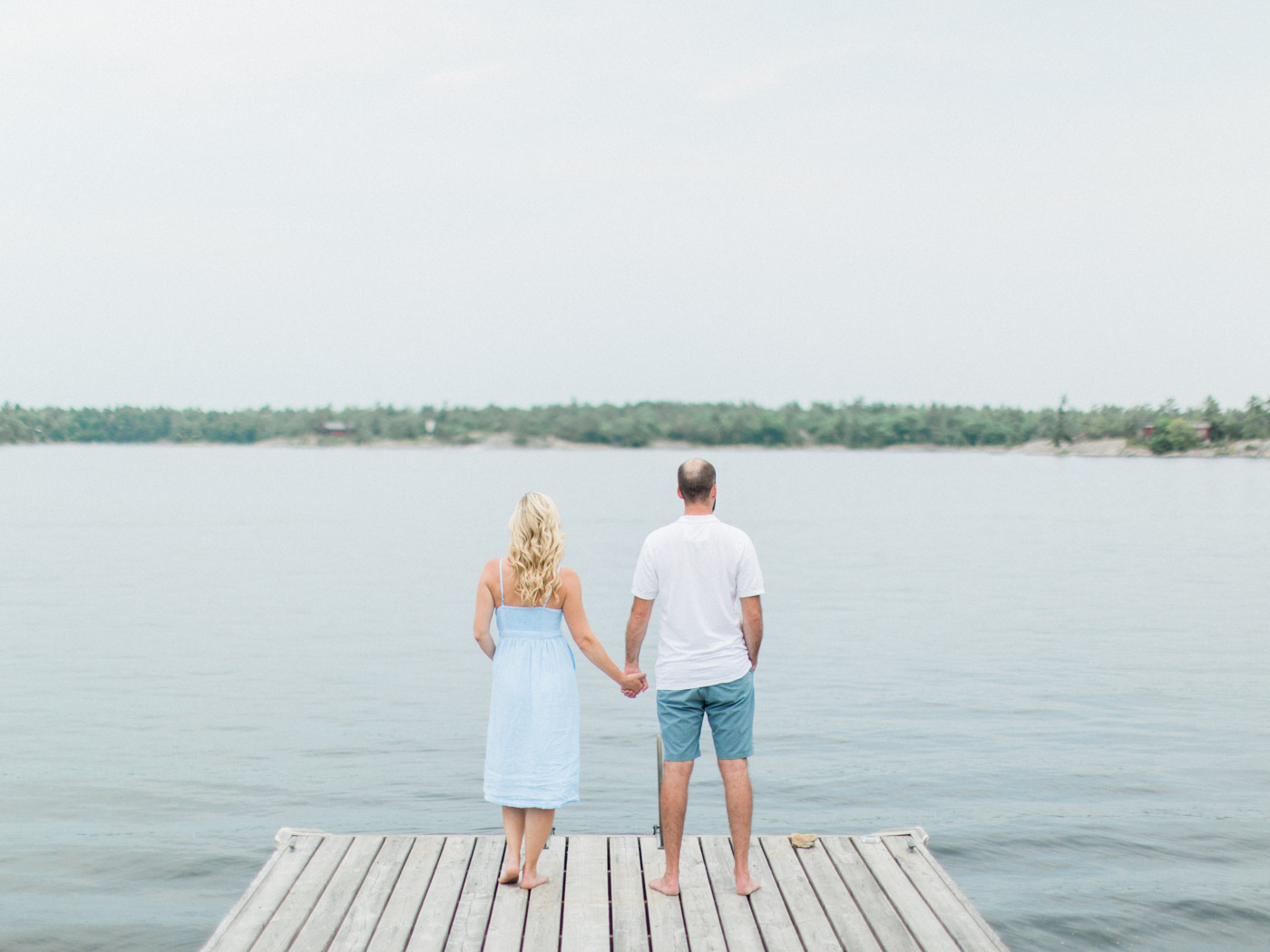 toronto_wedding_photographer_fine_art_documentary_Muskoka_Engagement_Honey_Harbour-39.jpg