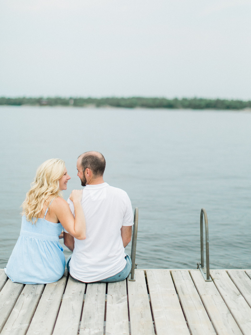 toronto_wedding_photographer_fine_art_documentary_Muskoka_Engagement_Honey_Harbour-41.jpg