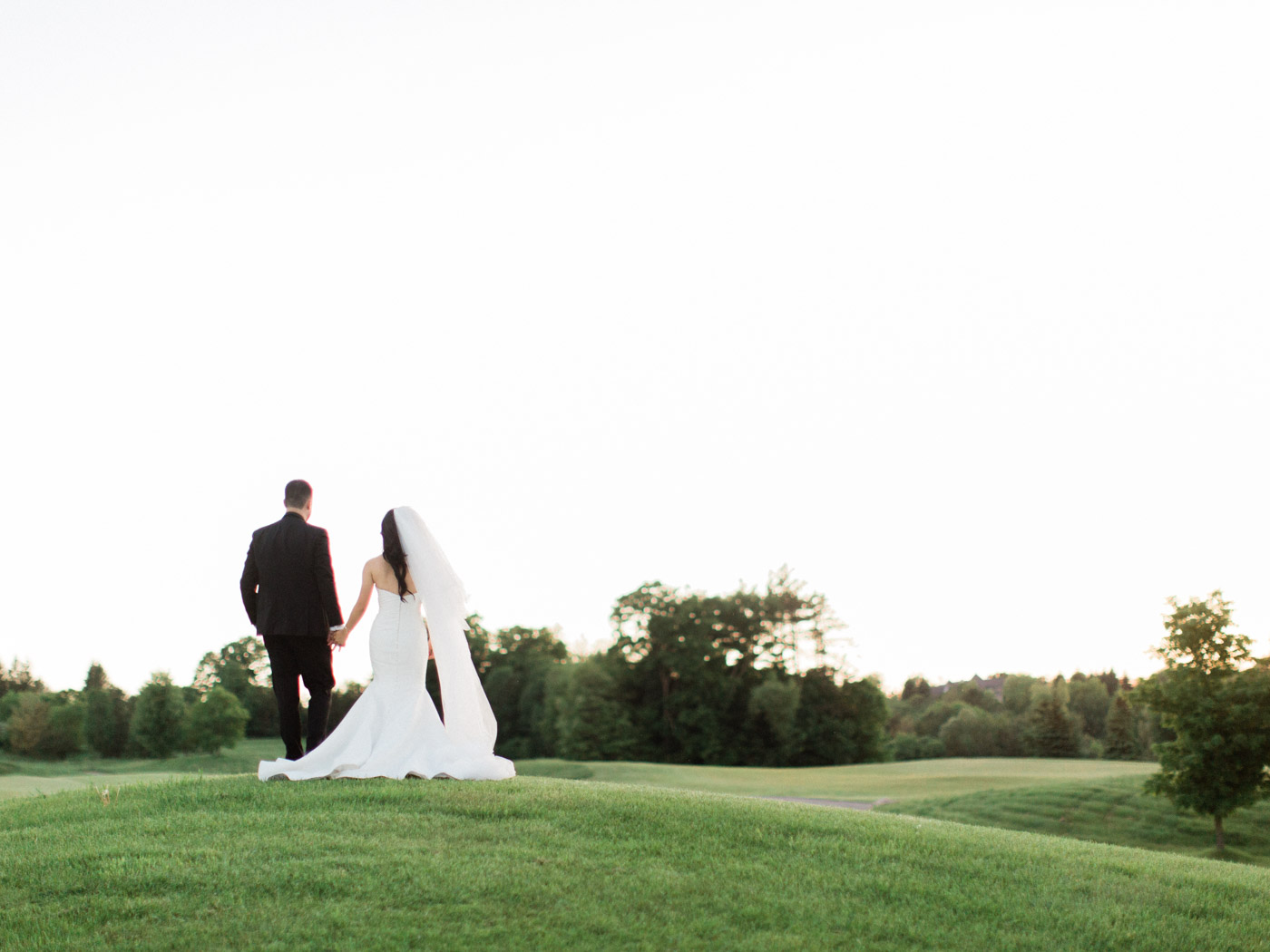 toronto-wedding-photographer-fine-art-documentary-elegant-toronto-golf-club-kings-riding-215.jpg