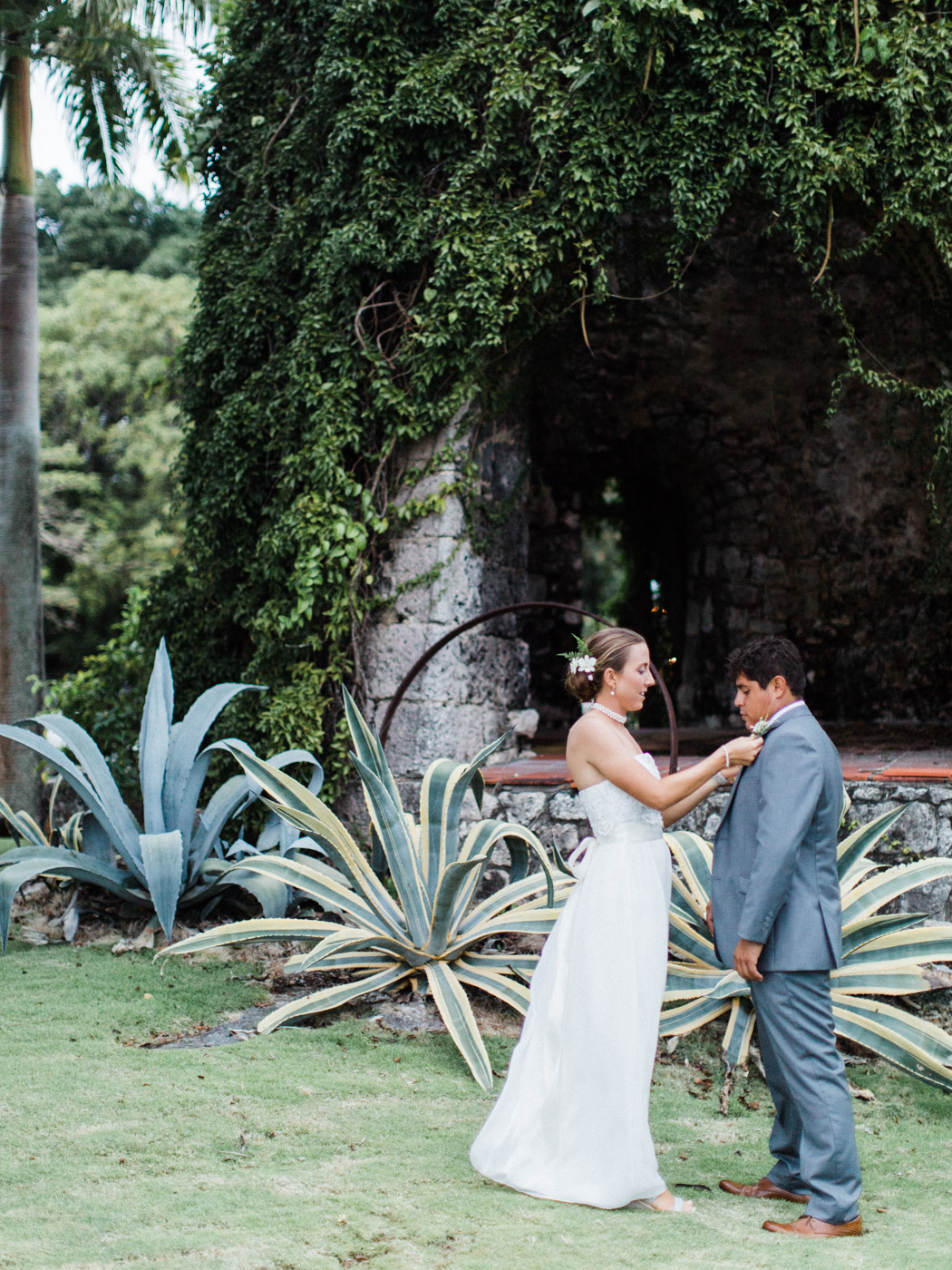 destination-wedding-photographer-barbados-tropical-wedding-574.jpg