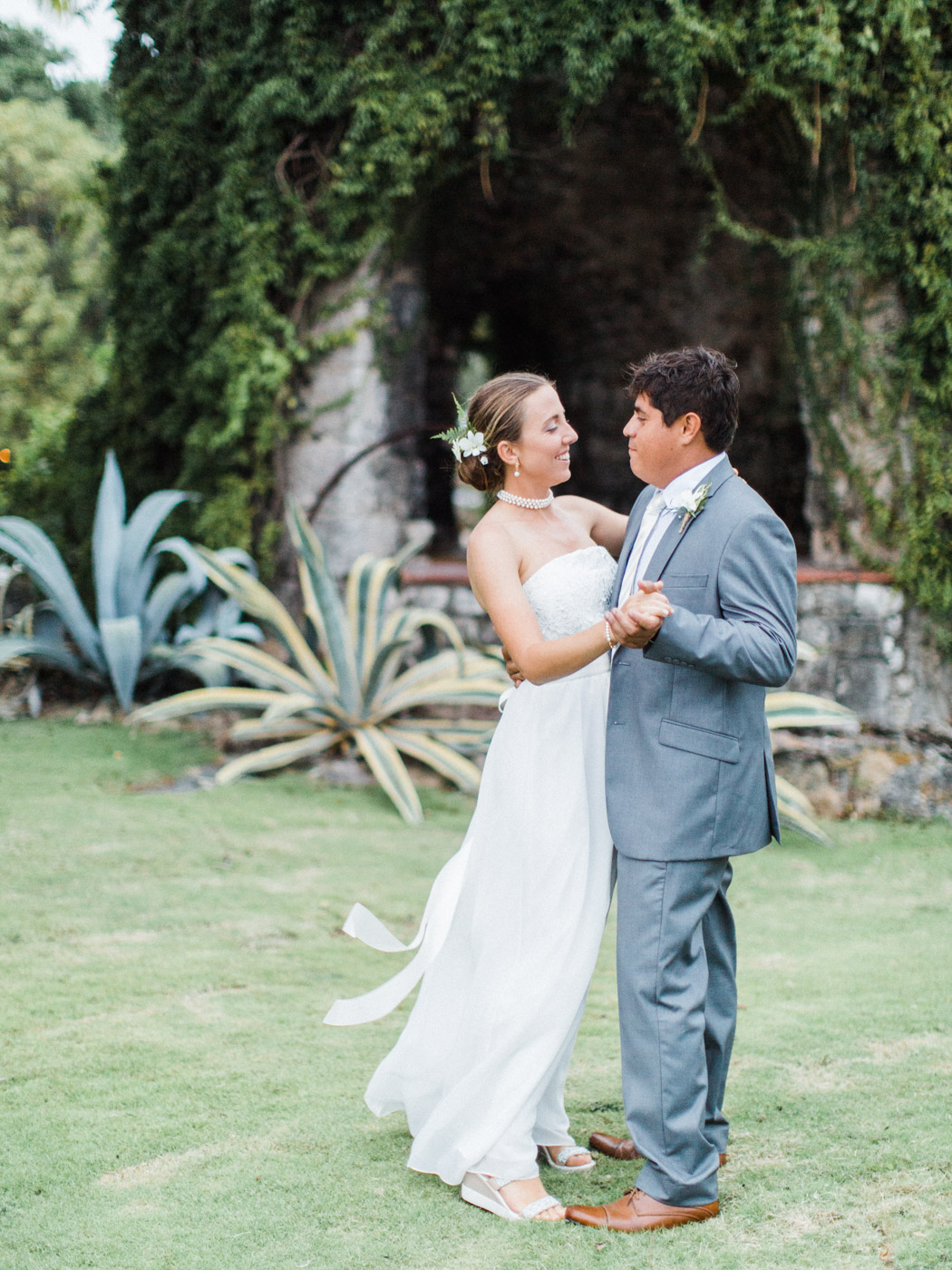 Backyard tropical wedding in barbados