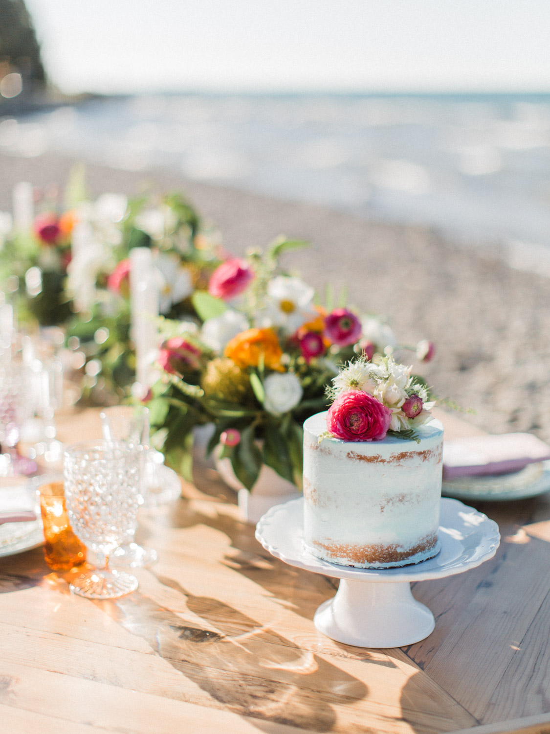 Colourful tropical wedding inspiration
