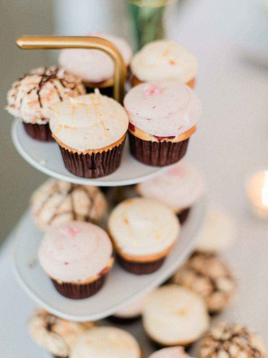 downtown-toronto-wedding-photographer-berkley-fieldhouse-blush-385.jpg