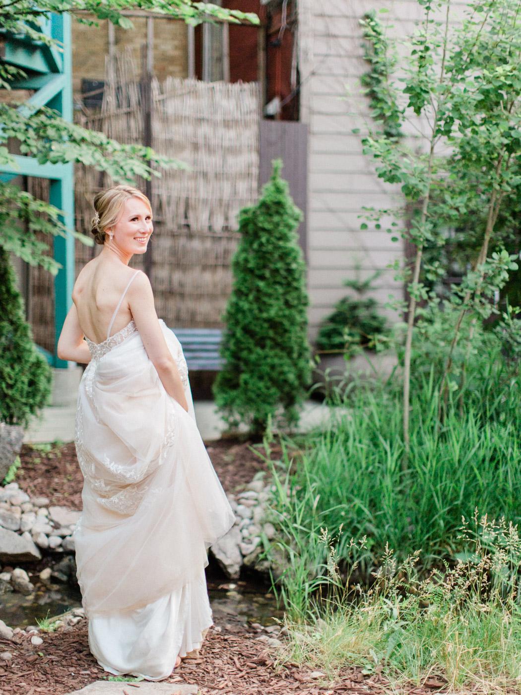 downtown-toronto-wedding-photographer-berkley-fieldhouse-blush-669.jpg