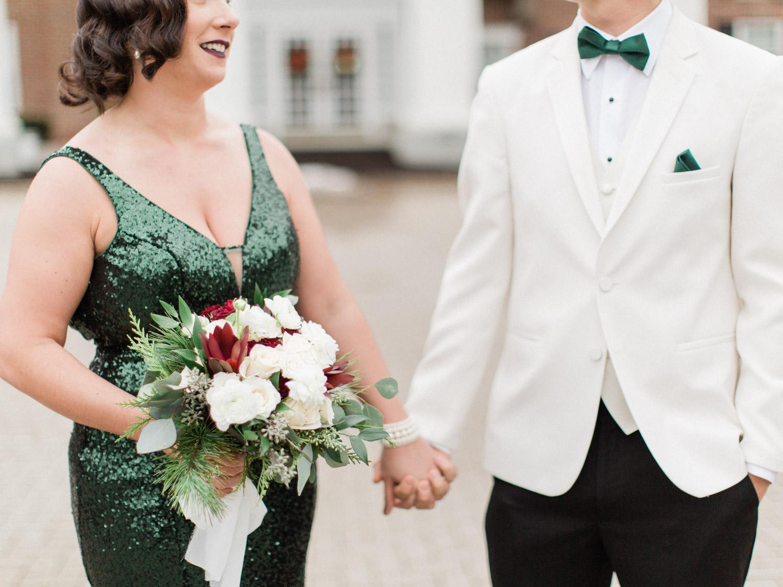 Toronto-Niagara-wedding-photographer-alternative-indie-winter-wedding27.jpg