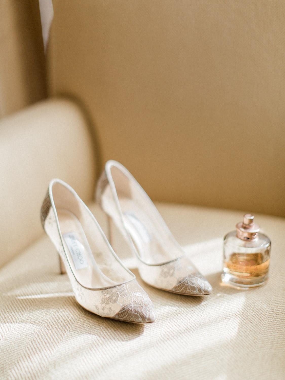 Toronto-wedding-photographer-intimate-italian-the-burroughes-downtown5.jpg