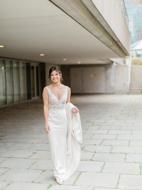 Toronto-wedding-photographer-intimate-italian-the-burroughes-downtown26.jpg
