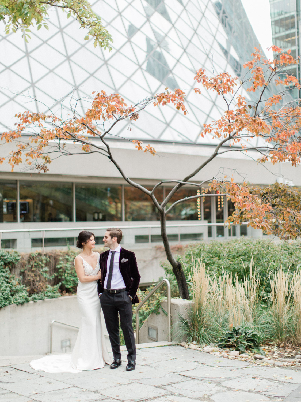 Toronto-wedding-photographer-intimate-italian-the-burroughes-downtown36.jpg