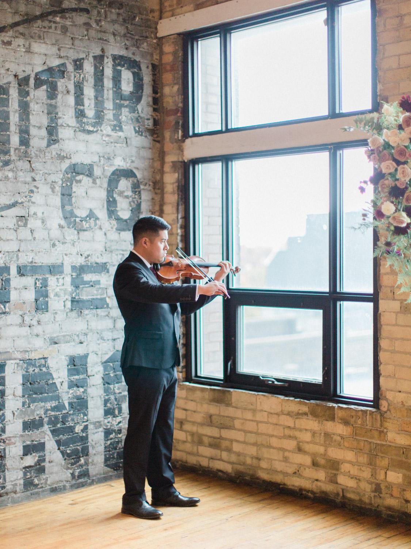 Toronto-wedding-photographer-intimate-italian-the-burroughes-downtown79.jpg