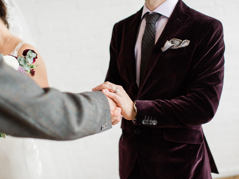 Toronto-wedding-photographer-intimate-italian-the-burroughes-downtown108.jpg