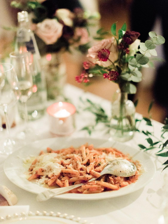Toronto-wedding-photographer-intimate-italian-the-burroughes-downtown134.jpg