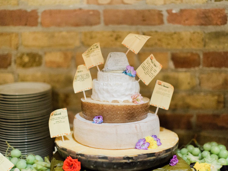 Toronto-wedding-photographer-intimate-italian-the-burroughes-downtown152.jpg