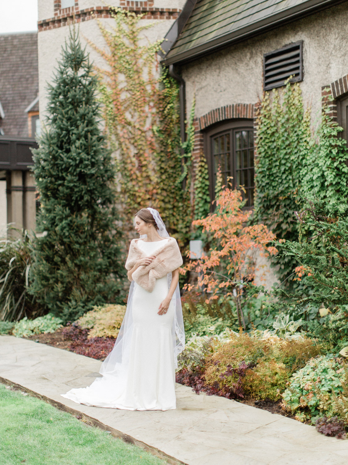 Toronto wedding photography, fall, jewish wedding at St George's Golf Club